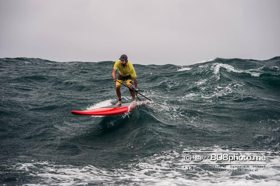 Jimmy Lewis M14 doing Molokai to Oahu race