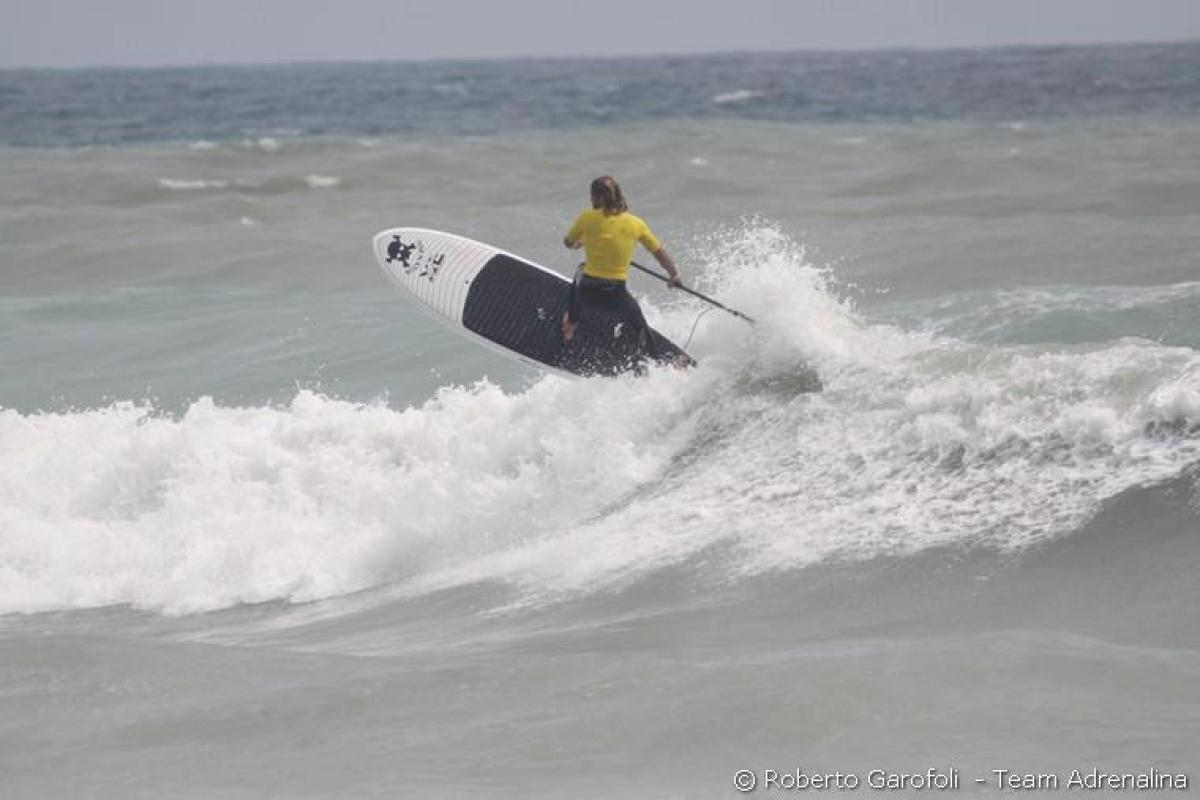 Kanaha AC Quickblade paddle in the surf