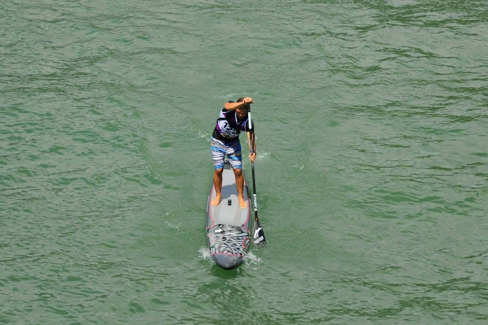 stand up paddle board racing and equipment